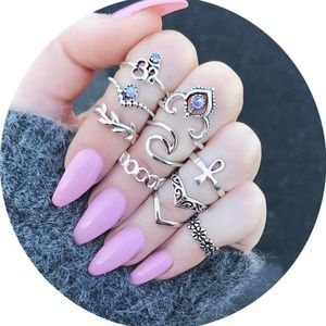 10 Pieces Vintage Crystal Hollow Carved Ring Set